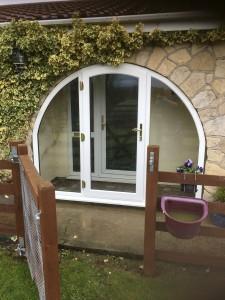 Circular door